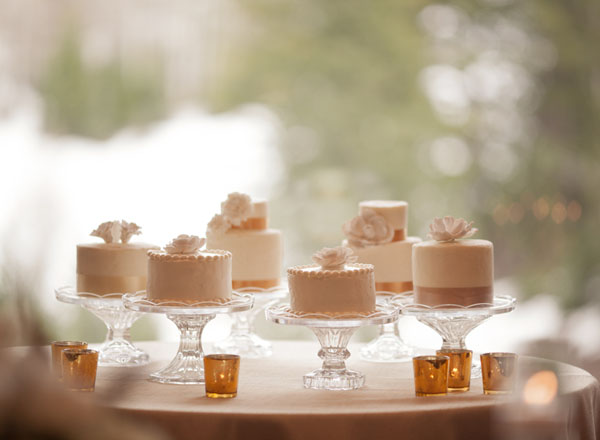 when should you cut wedding cake should you cut and serve your wedding cake as dessert 27119
